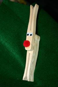 clothespin-reindeer-craft